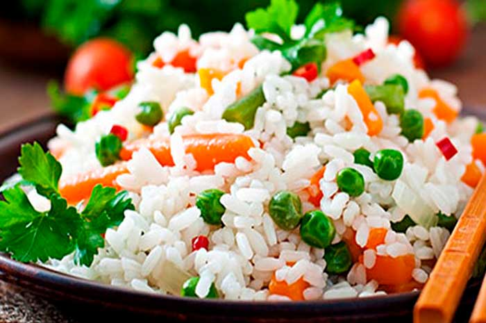 como preparar arroz a la jardinera